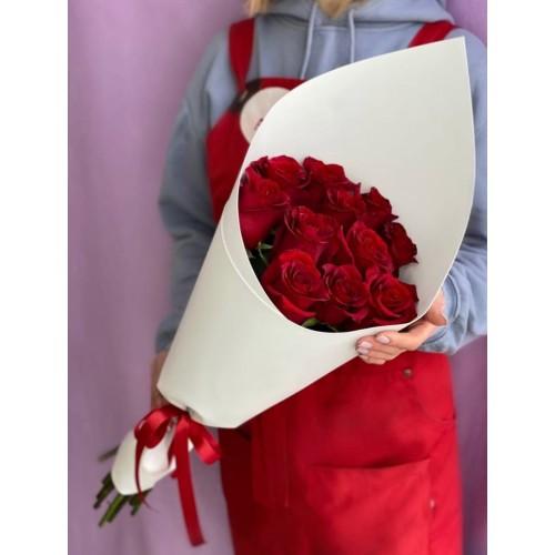 Купить на заказ Букет из 11 красных роз с доставкой в Хромтау