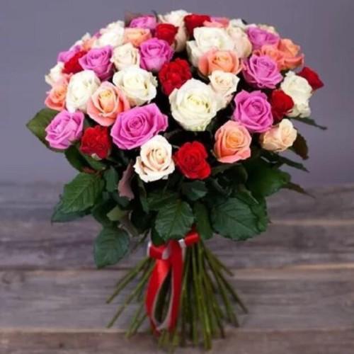 Купить на заказ Букет из 31 розы (микс) с доставкой в Хромтау